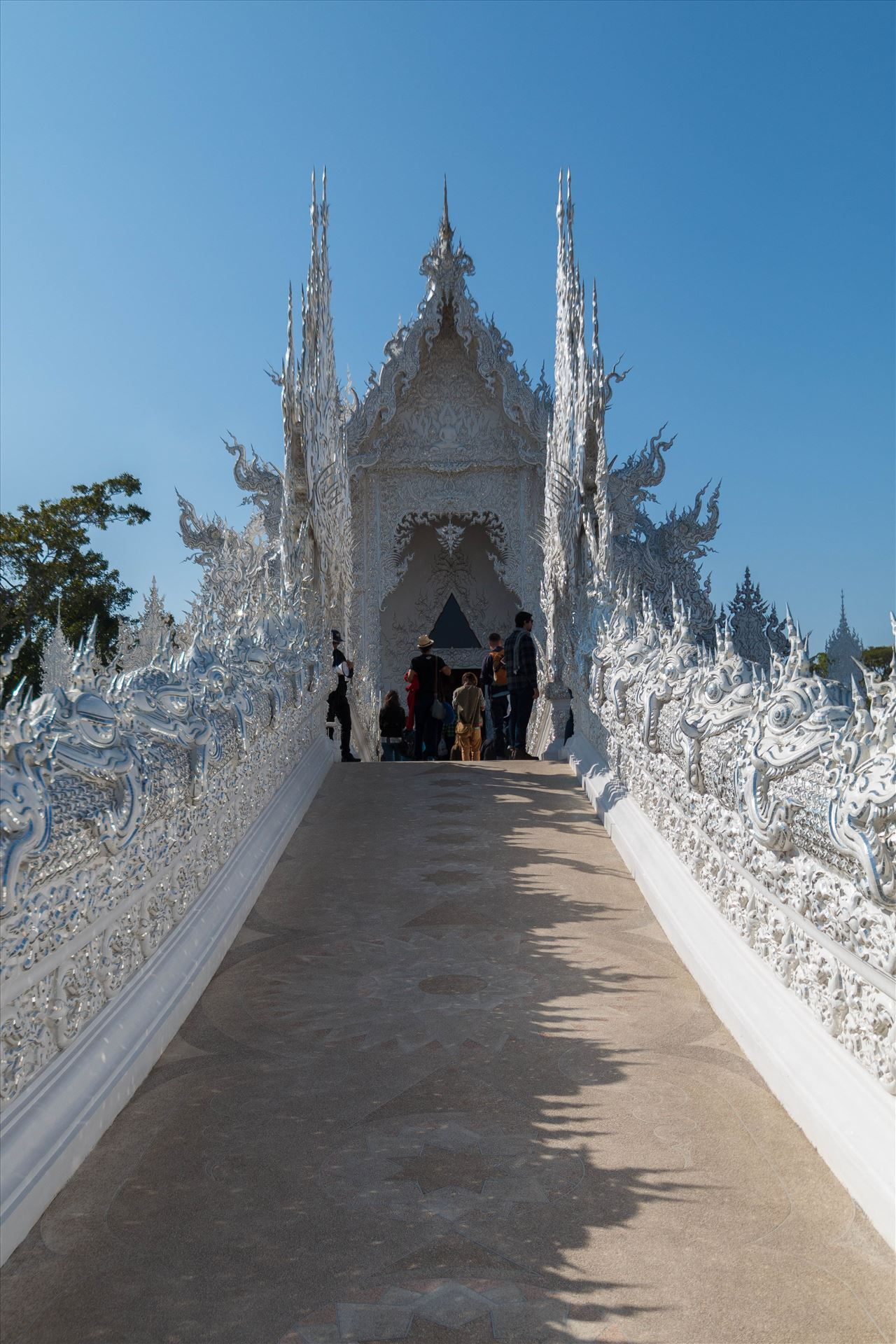 Wat Rong Khun 4 -  by AnnetteJohnsonPhotography